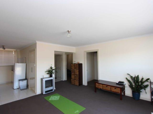 3/18  Smith Street, Devonport, Tas 7310
