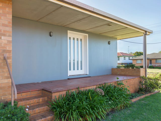 1/124 South Street, Centenary Heights, Qld 4350