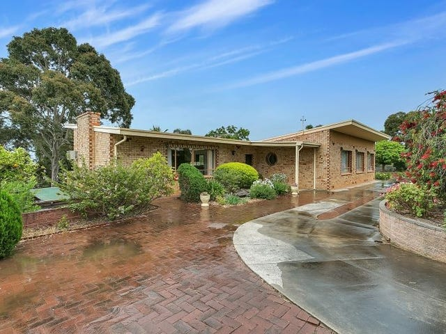 110 Shepherds Hill Road, Bellevue Heights, SA 5050