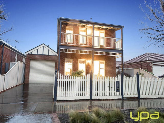 3 Risley Close, Caroline Springs, Vic 3023