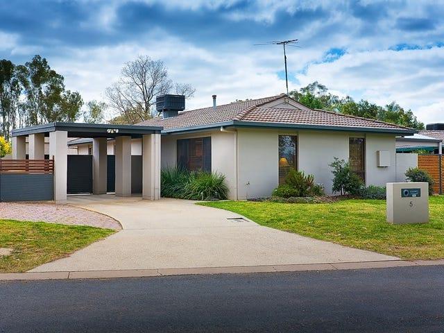5 Troon Court, Thurgoona, NSW 2640