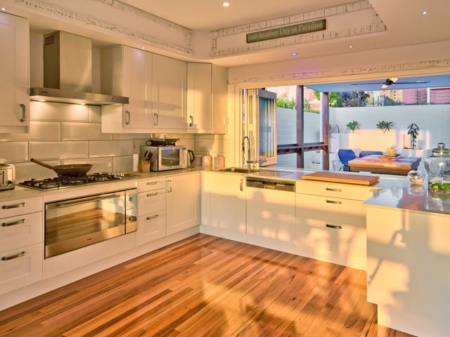 9 Spoon Bay Road, Forresters Beach, NSW 2260
