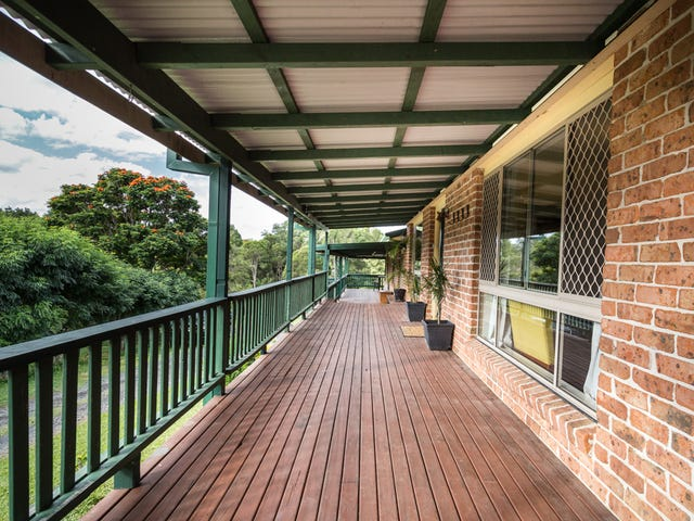 15 Sea Breeze Pl, Boambee East, NSW 2452