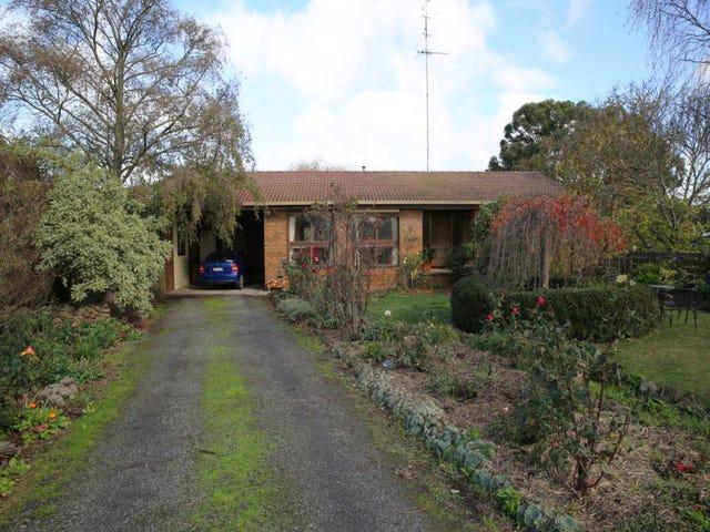 21 Leonards Road East, Warrenheip, Vic 3352