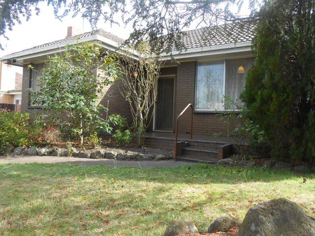 13 Burton Avenue, Clayton, Vic 3168