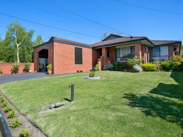24 Glenview Crescent, Frankston, Vic 3199