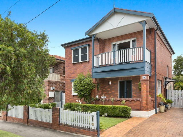 17 Nield Avenue, Rodd Point, NSW 2046