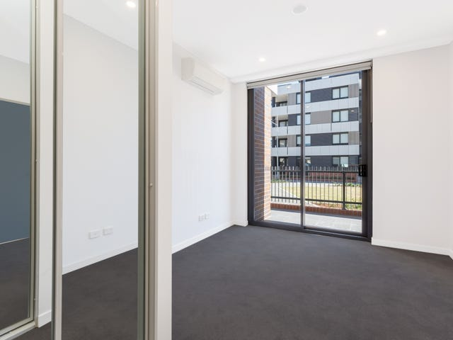 502/81B Lord Sheffield Circuit, Penrith, NSW 2750