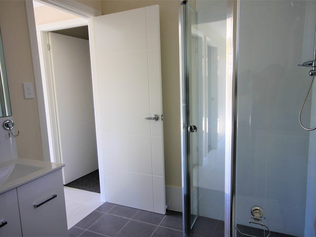 25a Bennett Rd, Colyton, NSW 2760