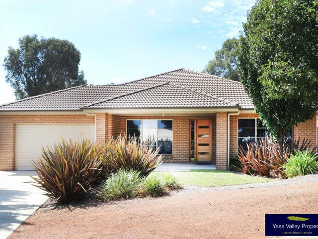 26 McKenna Avenue, Yass, NSW 2582