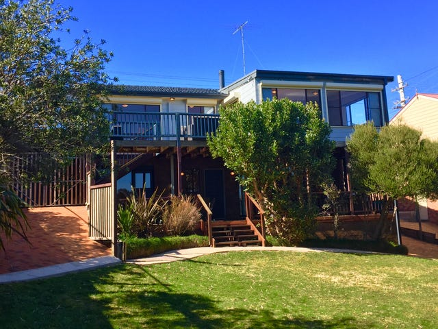 28 Lamartine Ave, Wentworth Falls, NSW 2782