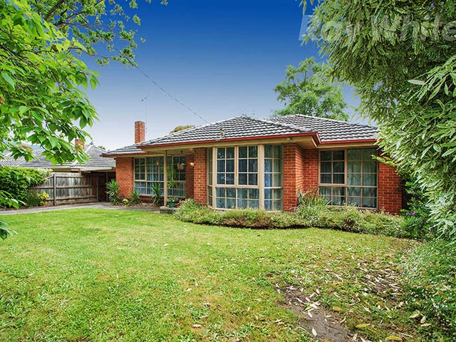 94 CAMBRIDGE ROAD, Kilsyth, Vic 3137