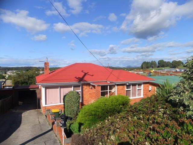 243 Mount Street, Upper Burnie, Tas 7320