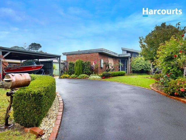 17 Rochester Road, Somerville, Vic 3912