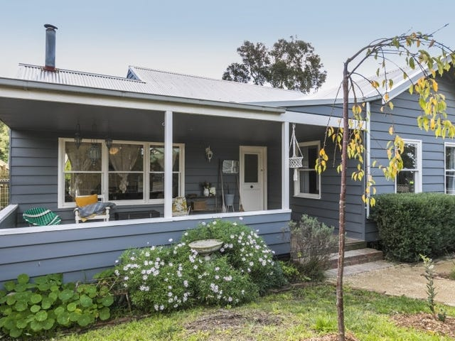 8 Parkside Crescent, Torquay, Vic 3228