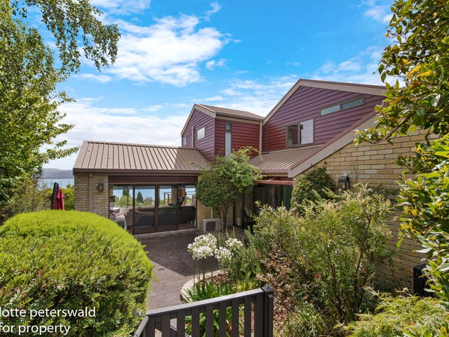 42 Red Chapel Avenue, Sandy Bay, Tas 7005