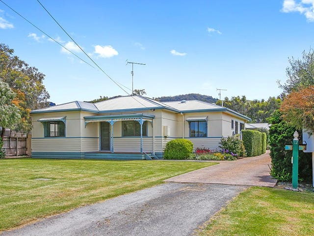 12 Thomson Street, Apollo Bay, Vic 3233