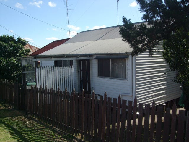 107 Wood Street, Warwick, Qld 4370