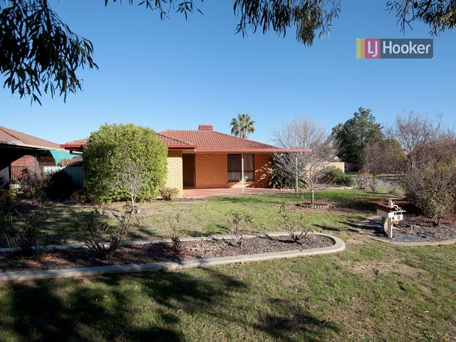 8 Ontario Drive, Lake Albert, NSW 2650