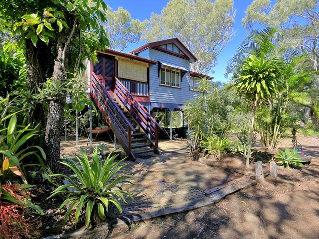 14 Kingfisher Crescent, Moore Park Beach, Qld 4670