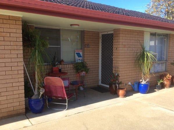 2/243 Goonoo Goonoo Road, Tamworth, NSW 2340