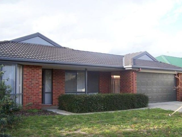 22 Charter Road East, Sunbury, Vic 3429