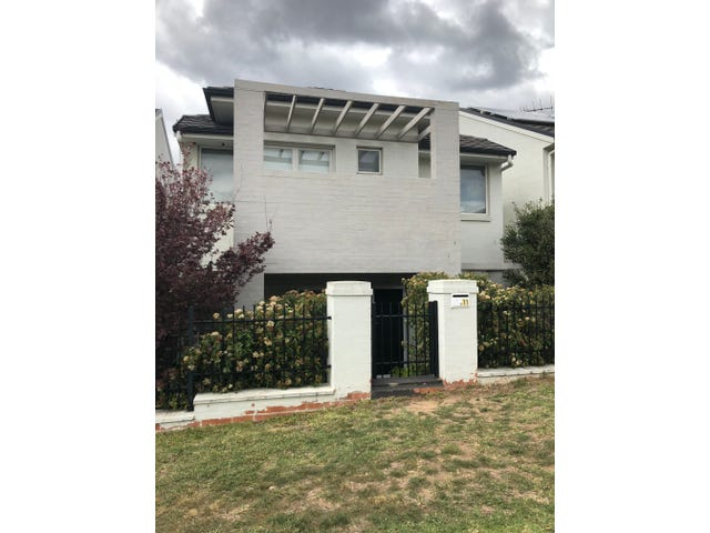 11 Santana Road, Campbelltown, NSW 2560