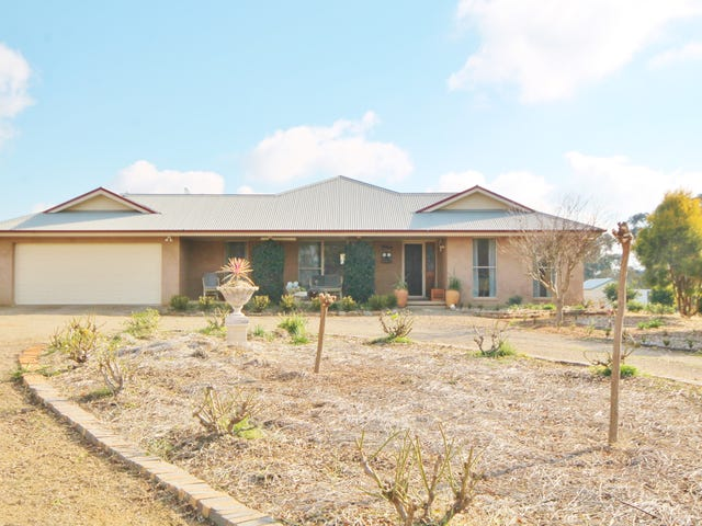 81 Tipperary Lane, Young, NSW 2594