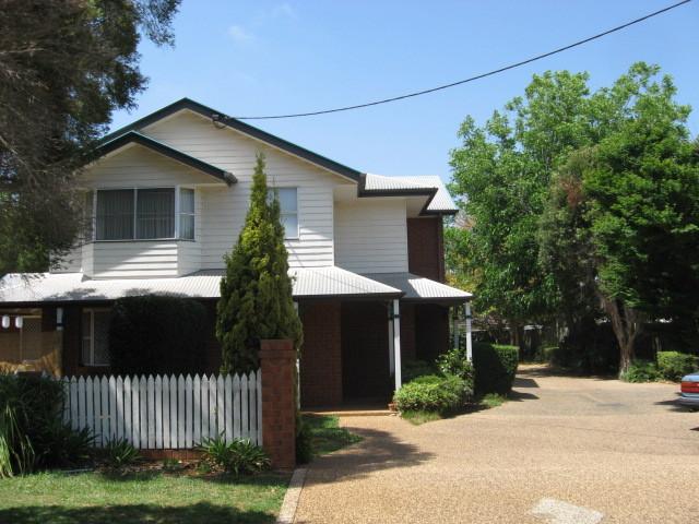 4/8 Bruce Street, East Toowoomba, Qld 4350