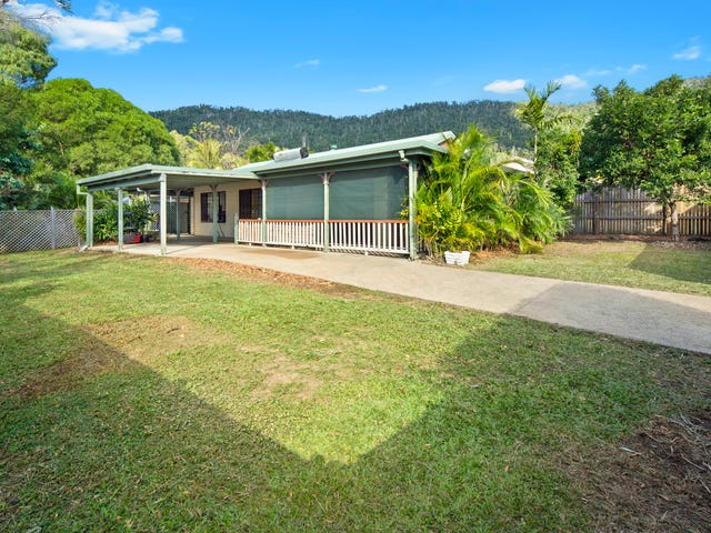 7 Solway Avenue, Cannonvale, Qld 4802