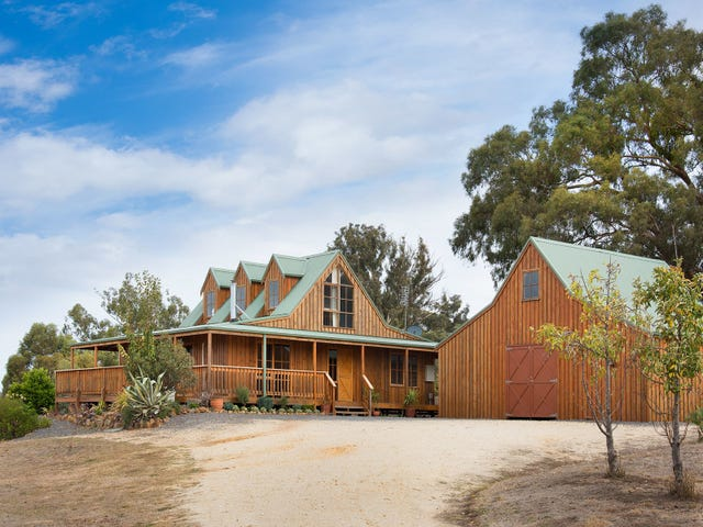 39 Whitegum Road, Barkers Creek, Vic 3451