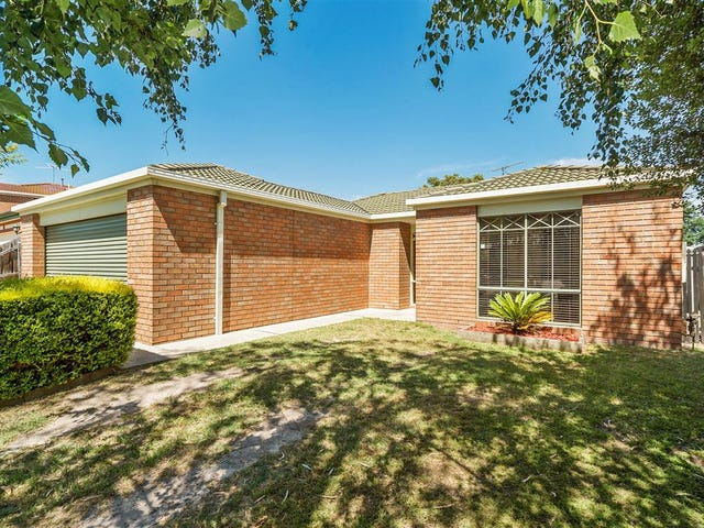 21 Rocklea Crescent, Skye, Vic 3977