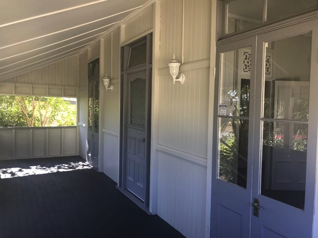 4 Siemons Street, One Mile, Qld 4305