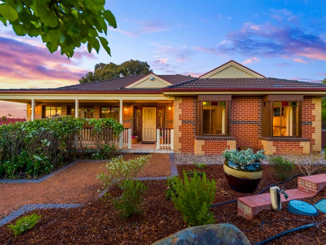 15 Jacaranda Drive, Jerrabomberra, NSW 2619