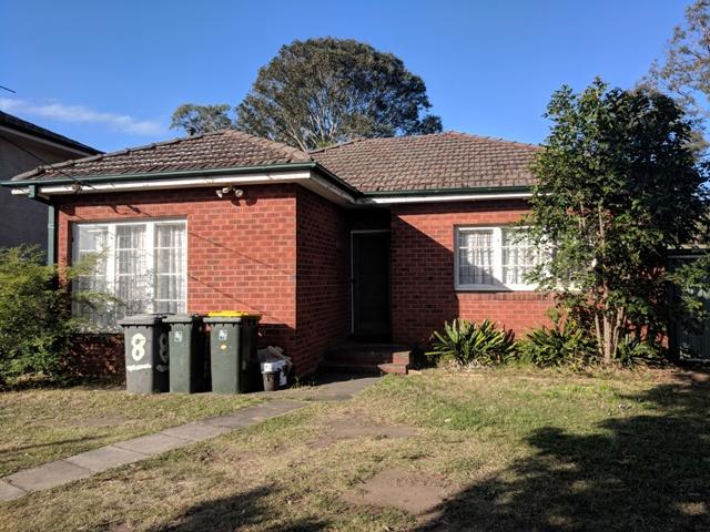 8 Cambridge Street, Ingleburn, NSW 2565