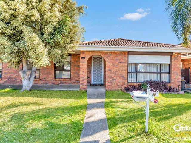 65 Bettong Crescent, Bossley Park, NSW 2176
