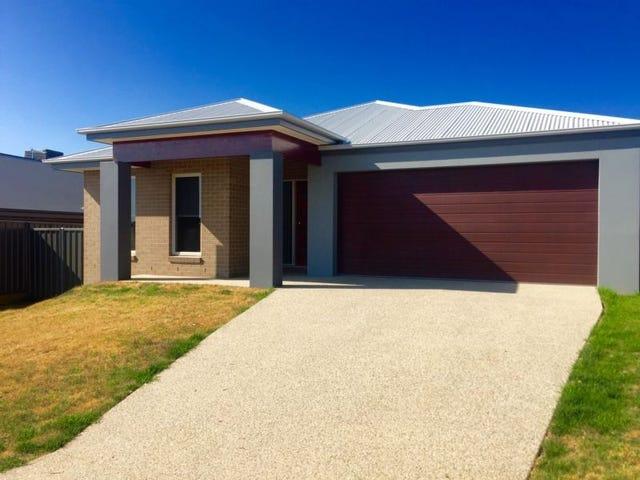 43 Wellington Drive, Thurgoona, NSW 2640