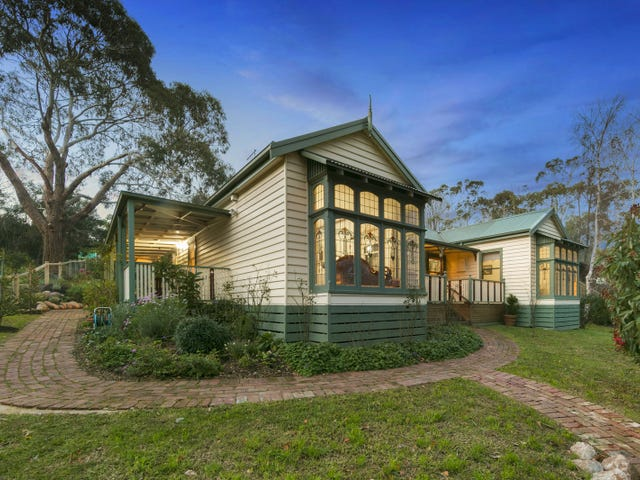 18 Collins Street, Red Hill, Vic 3937