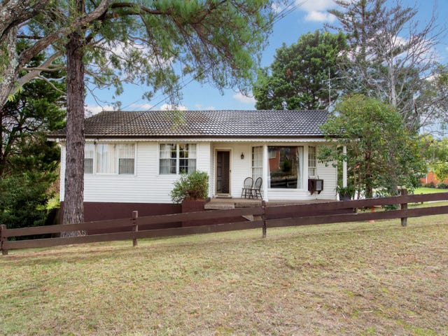 1 Barlow Place, Georges Hall, NSW 2198