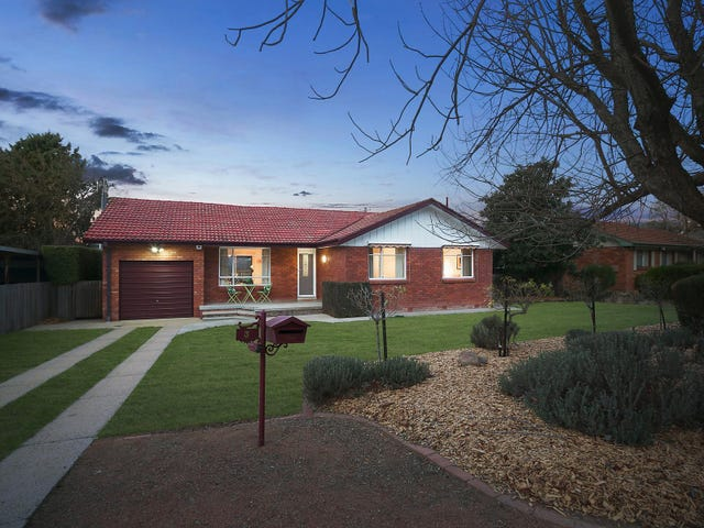 3 Leake Place, Curtin, ACT 2605