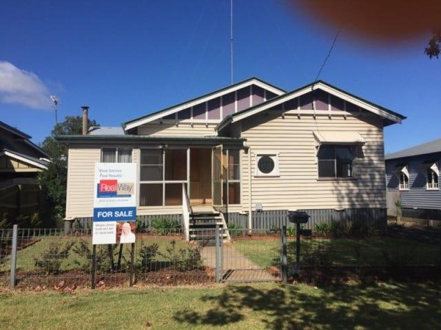 4 Alice Street, East Toowoomba, Qld 4350