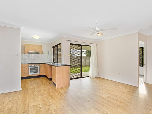 18 Lawrence Street, Kelso, Qld 4815
