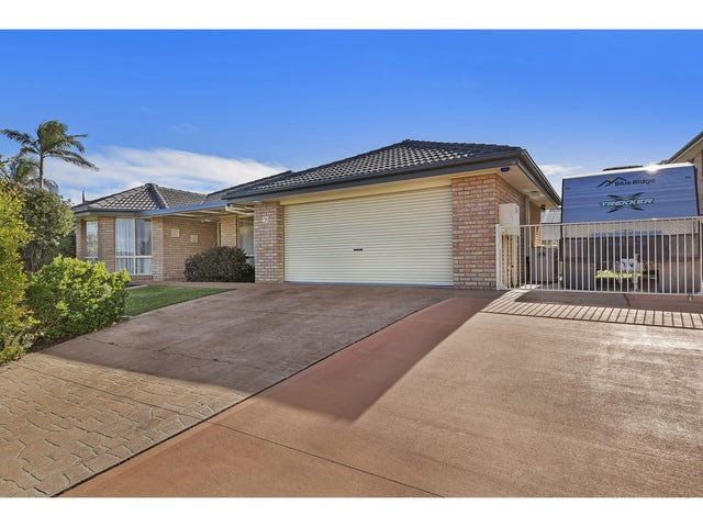 12 Barrington Drive, Woongarrah, NSW 2259