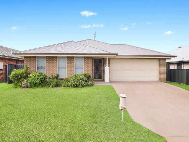 77 Niven Parade, Rutherford, NSW 2320
