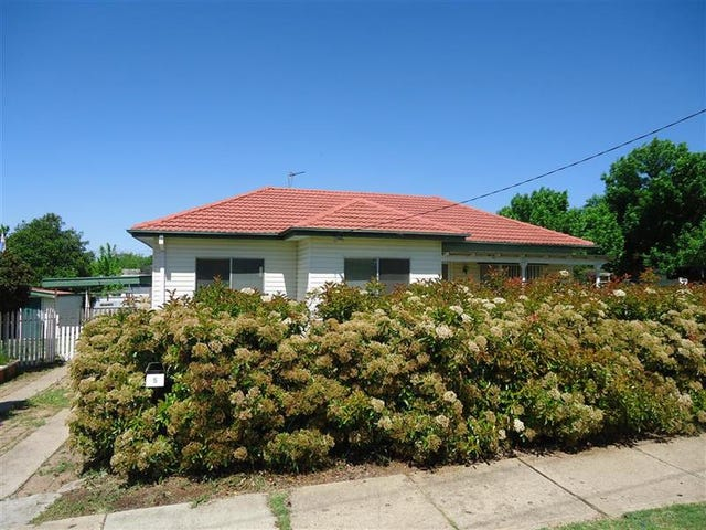 5 Paull St, Kooringal, NSW 2650