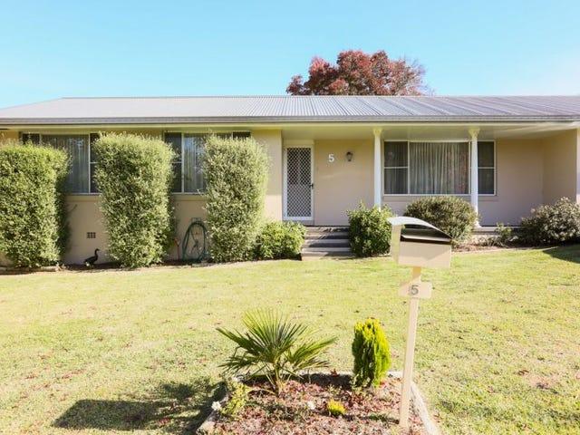 5 Tamar Place, Armidale, NSW 2350