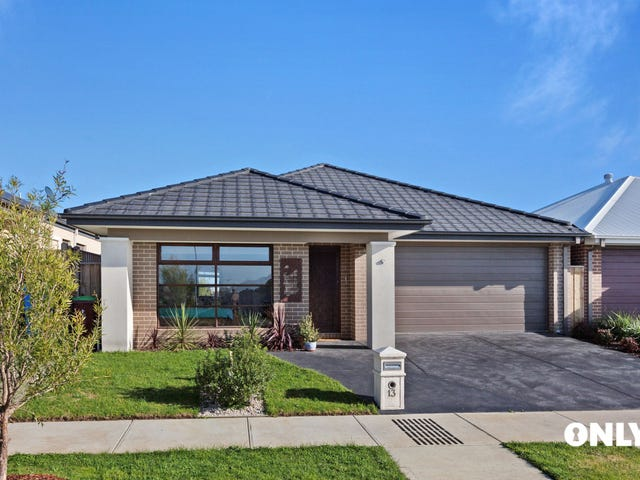 13 Dame Avenue, Clyde North, Vic 3978