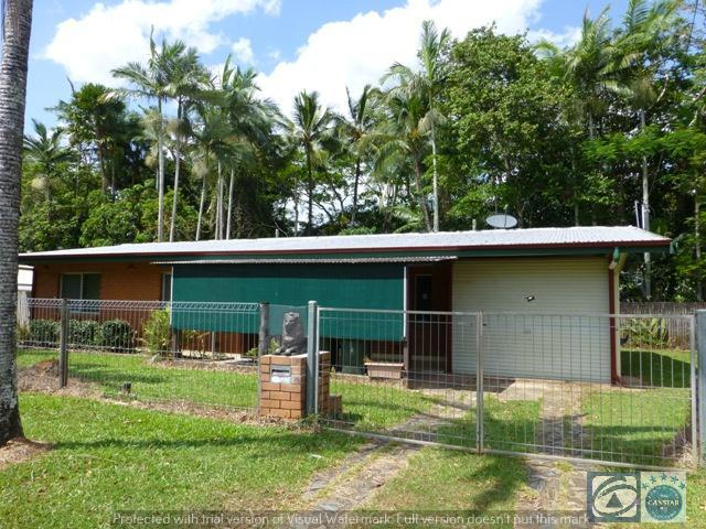 133 Upper Richardson Street, Whitfield, Qld 4870
