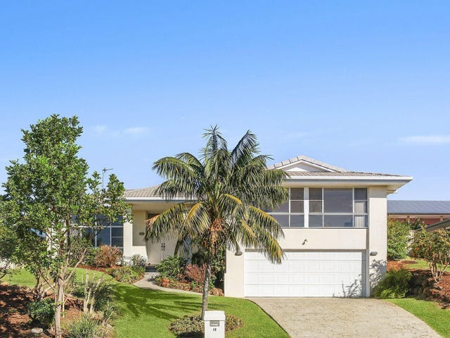 18 Tralee Drive, Banora Point, NSW 2486