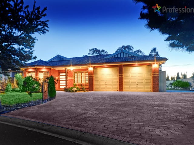 10 Daintree Retreat, Caroline Springs, Vic 3023